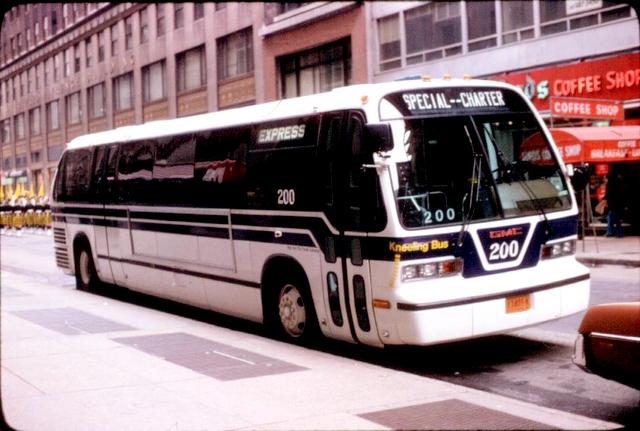 NYCTA_RTS_200_TH8603-066_031779JC.jpg